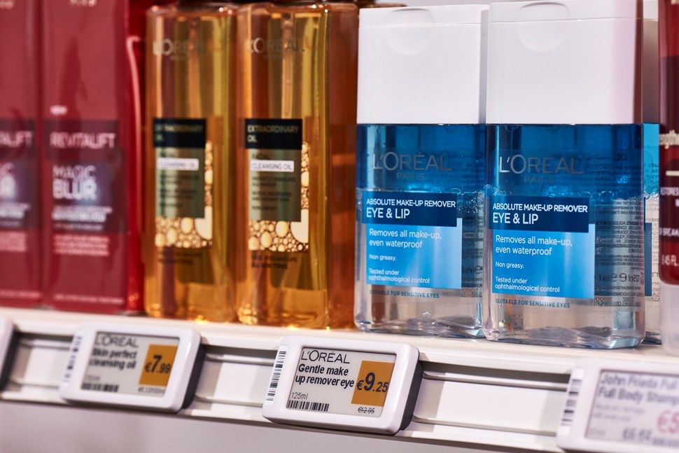 Displaydata Electronic Shelf Labels (ESLs) for a retail store